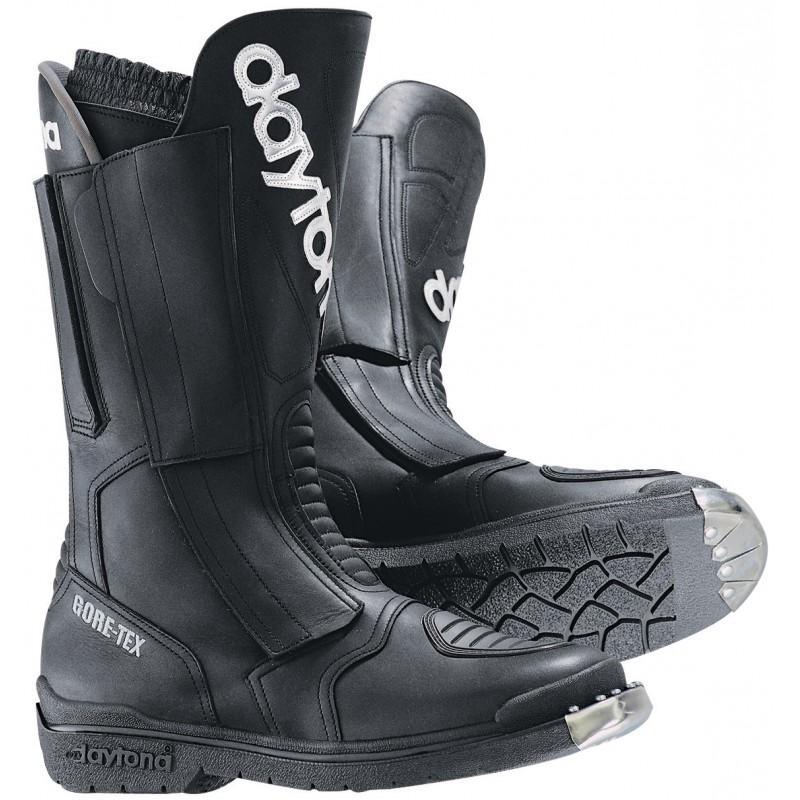 Hier sehen Sie den Artikel DAYTONA TRANS-OPEN GTX aus der Kategorie Enduro Stiefel. Dieser Artikel ist erhältlich bei motocorner.ch
