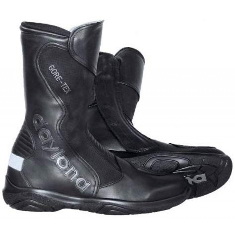 Hier sehen Sie den Artikel DAYTONA SPIRIT XCR aus der Kategorie Racing Stiefel. Dieser Artikel ist erhältlich bei motocorner.ch